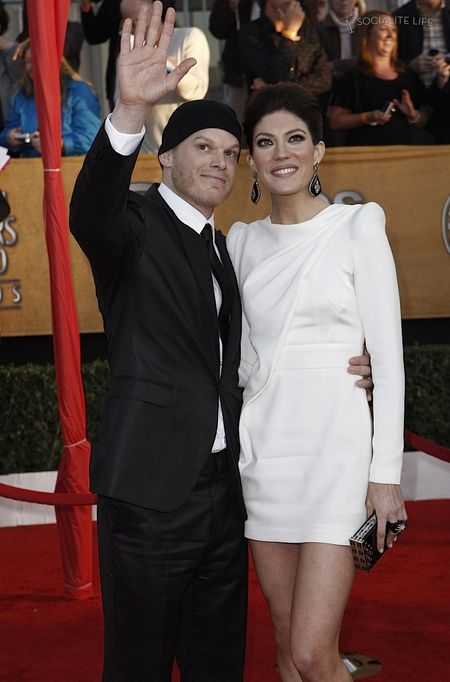 Gallery_enlarged-michael-c-hall-jennifer-carpenter-2010-sag-awards-red-carpet-photos-01182010-13